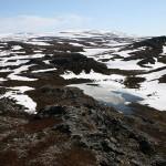 Vannet mellom Rinstavarri og Ringstadfjellet