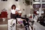Marit blir pynta hos frisøren