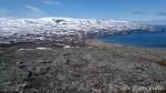 Oppe fra toppen av Russefjellet kan varden sees.
