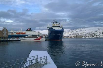 Den nye supplybåten Stril Barents