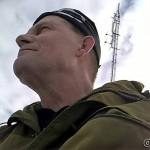 Selfie med masta i bakgrunnen