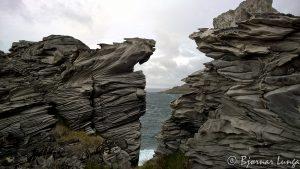 Finner nesten bestandig artige steinformasjoner langsmed Revsbotn