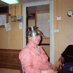 Chiefen prøvde ut en ny type hjelm, og skippern flirte godt 😆