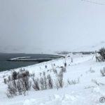 På tur mot Masterelv, men måtte stoppe og ta bilde av Kokelv og innkommende snøbyge