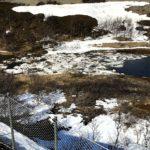 Her var det en liten ispropp og det er nesten en innsjø på oversiden av isen
