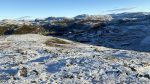 Her er vel eksempelet på koffor fjellet Tyven fikk sitt navn, stjeler sola fra dem i baksalen