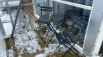 ...kom hjem ble det opphold og en øl og måking av balkongen måtte til