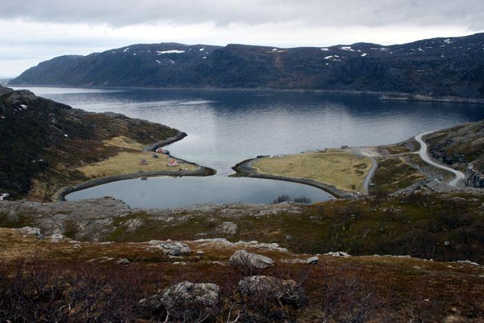 http://lunga.net/images/2007/2007_06_01_havoysund/07_06_01_havoysund006_700.jpg