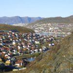 Hammerfest, med Melkøya i byggefasen i bakgrunnen