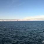 Vi kan skimte Røst, de ytterste bebodde øya i Lofoten