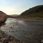 Måtte krysse elva for å komme opp til Skáidecohkka for å klippe i kortet