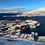 Hammerfest havn med hurtigruteskipet MS Nordnorge ved kai