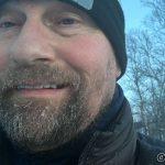 Isgang i skjegget, kan være at det må bort snart