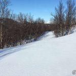 Kokelvdalveien er her under snøen et sted