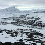 På toppen av Mollafjellet og god utsikt over byen og ikke minst Storvannet og Nedre Rairo