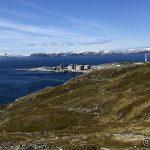 Utsikt over litt av Melkøya og litt av Håja