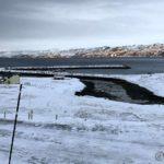 Isen på elva ble tatt med ut på sjøen etter siste flo