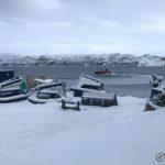 Masterelv og en av NRS sine båter forlater kaia