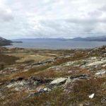 På tur opp Russelfjellet fra Rottelvbrua, skal til varden