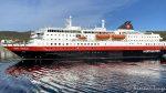 ...for å seile sørover til neste stopp Øksfjord